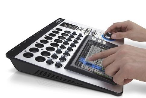 Professzionális hangtechnika 5d06bda805